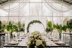 5 - Garland - Reception-2-XL